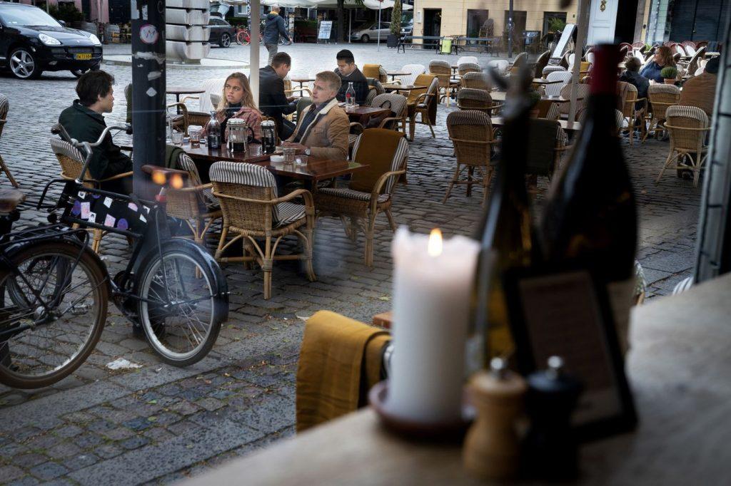 covid-19 outdoor dining Copenhagen